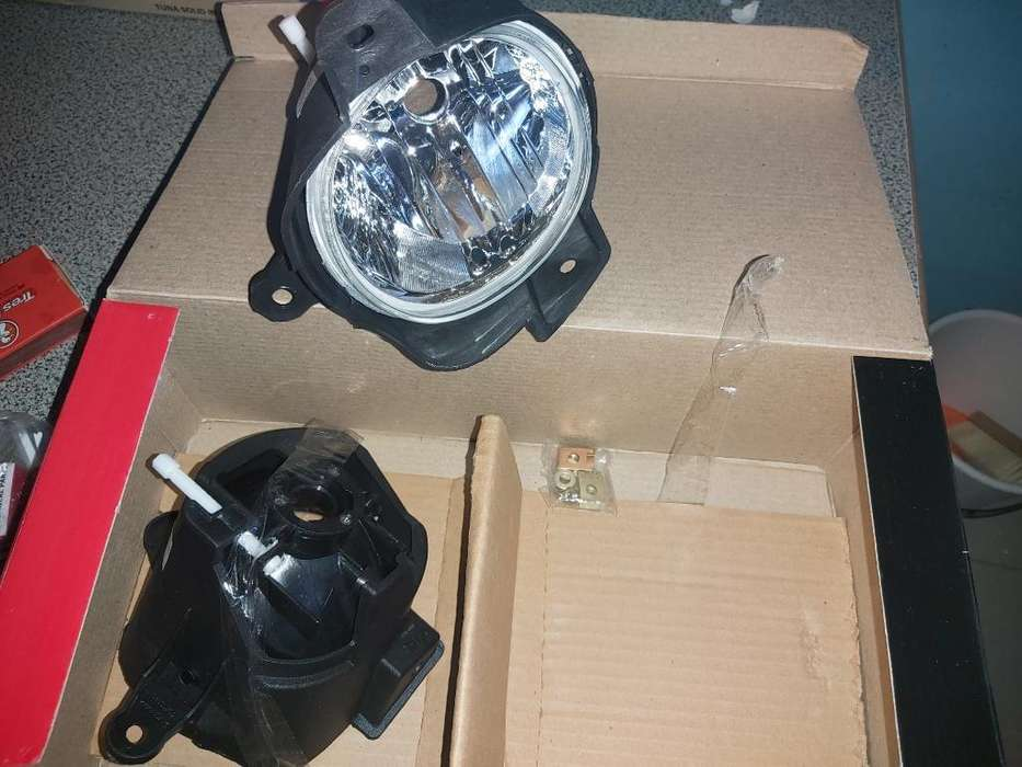 <strong>faros</strong> Auxiliares D Toyota Hilux Mod 2012