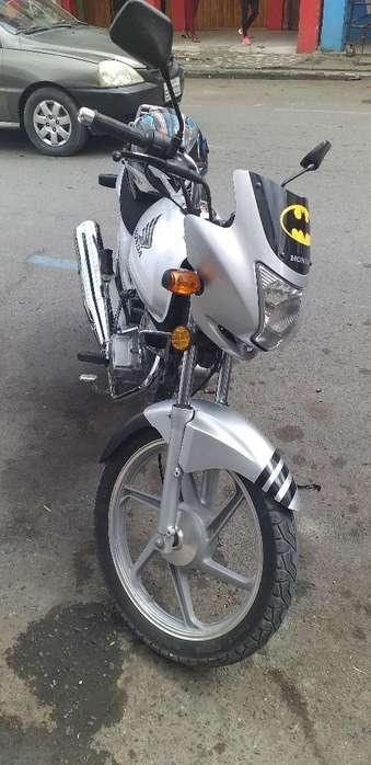 Vendo Honda Storm Al Dia sin Gravamen