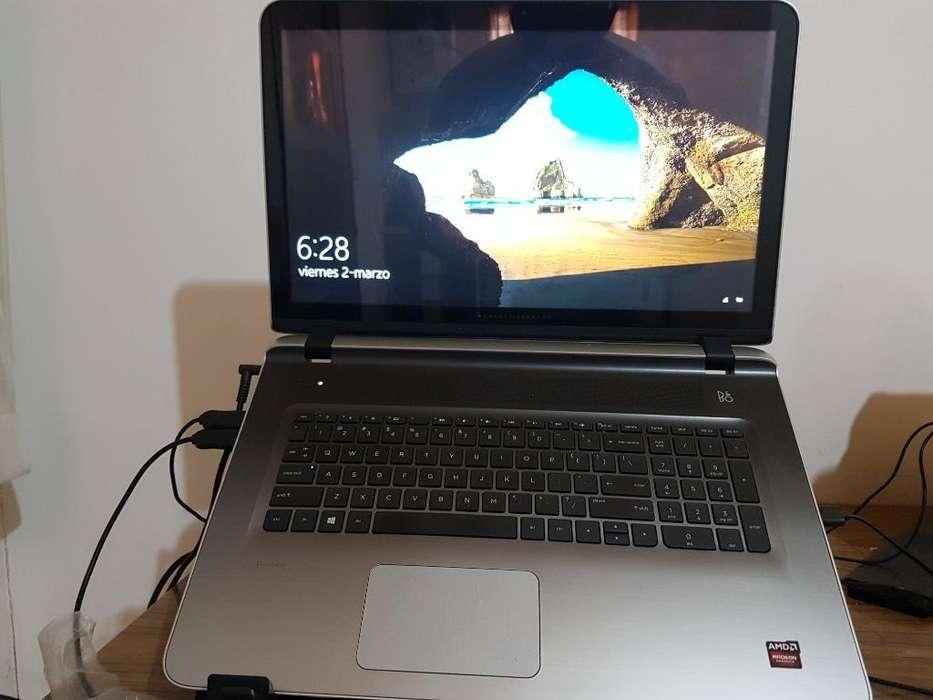 Vendo Notebook Hp A10 8700 P, 17.3', 8gb