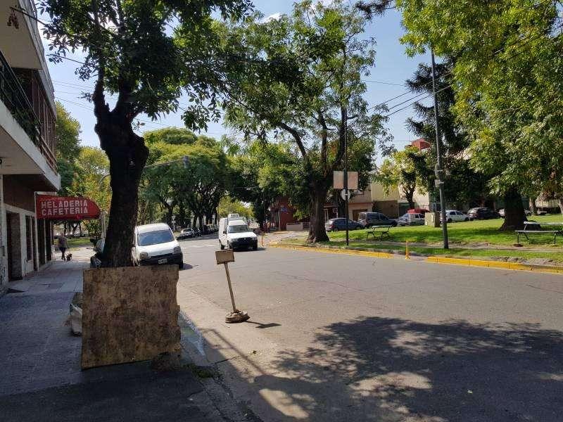Dpto. 2 Ambientes en PB con patio - Parque Patricios