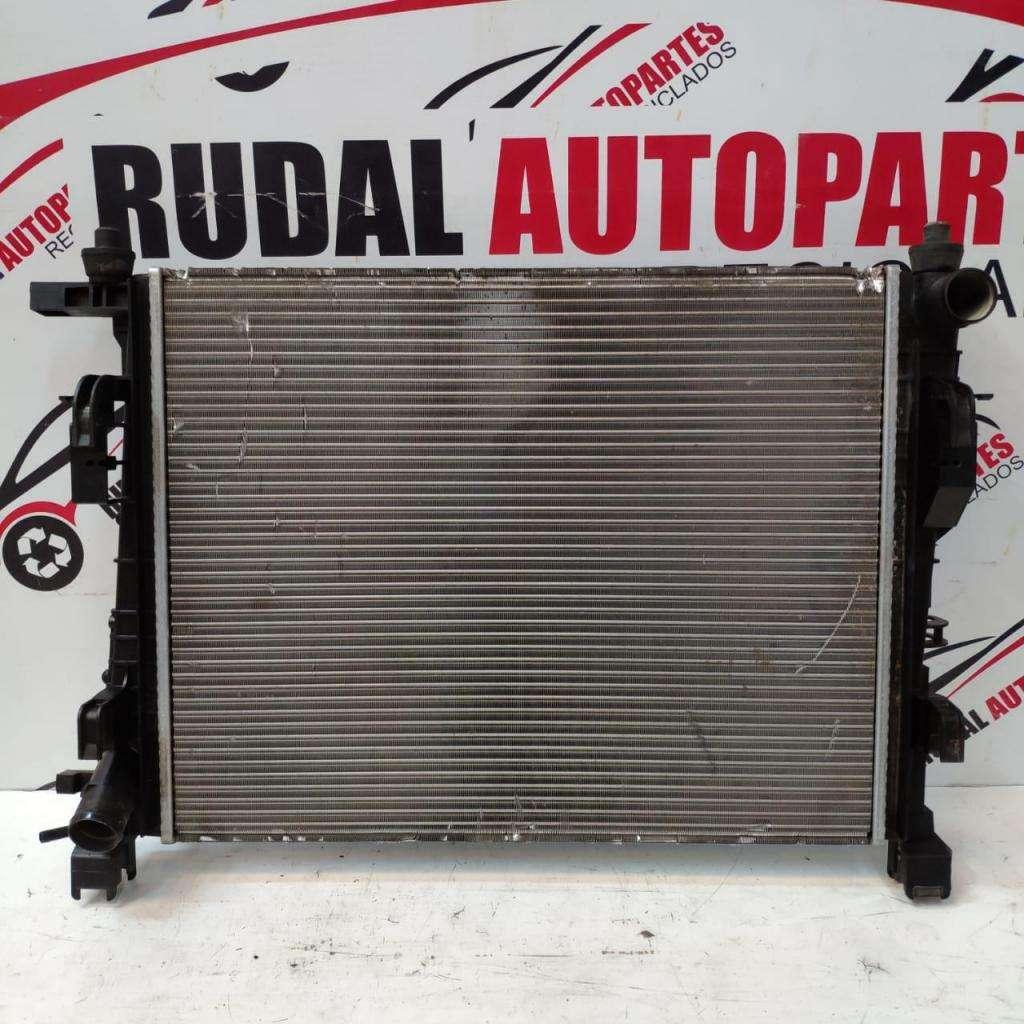 Radiador De Agua Renault Sandero 3657.5 Oblea:03004911