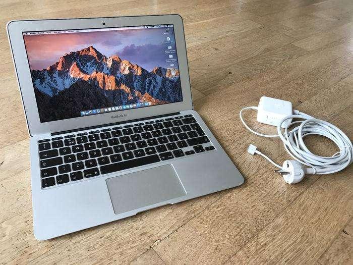 Macbook Air 2017 Core i 5