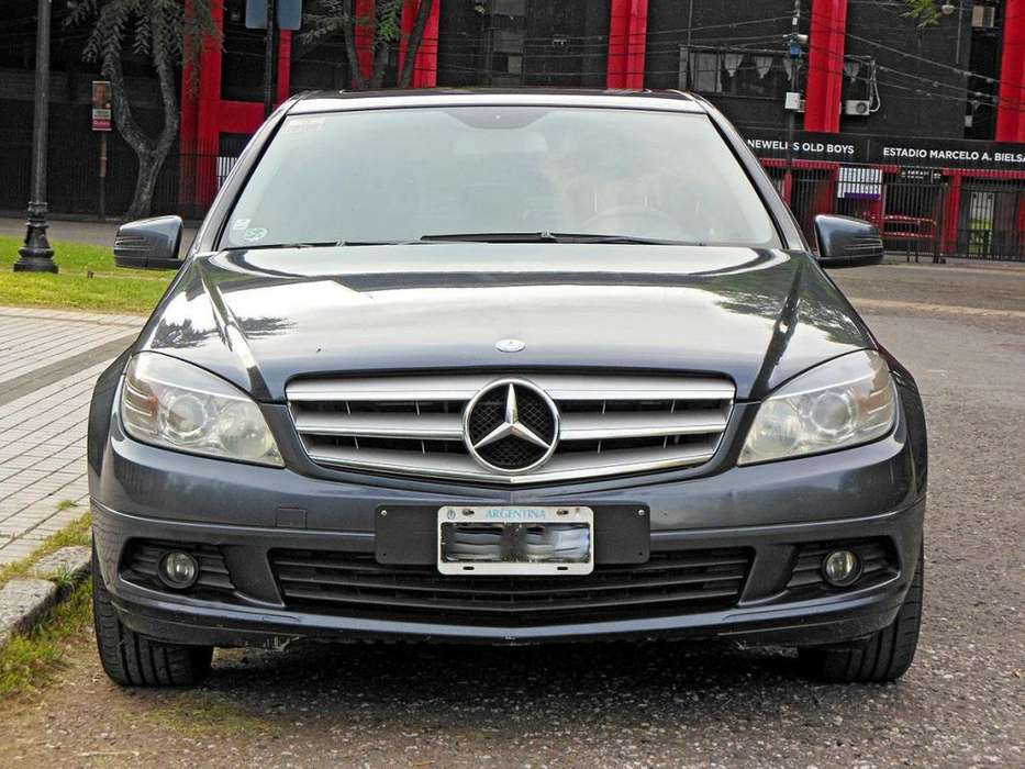 <strong>mercedes-benz</strong> Clase C 2011 - 210000 km