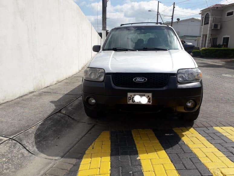 <strong>ford</strong> Escape 2006 - 185000 km