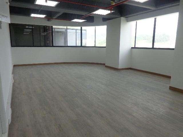 Venta Oficina en Avenida Santander - wasi_306003