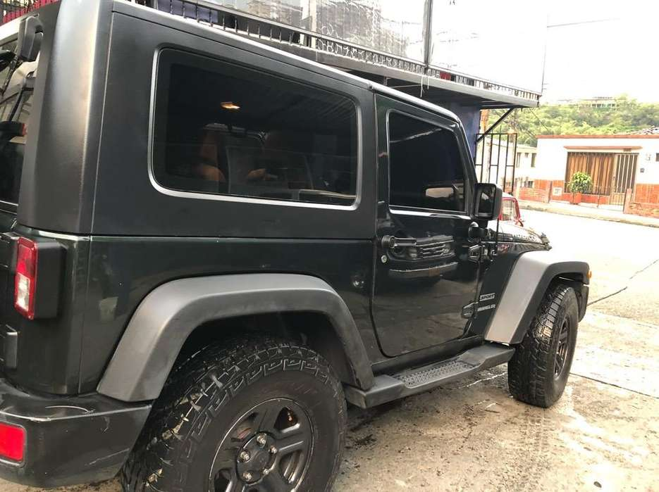 <strong>jeep</strong> Wrangler 2010 - 67000 km