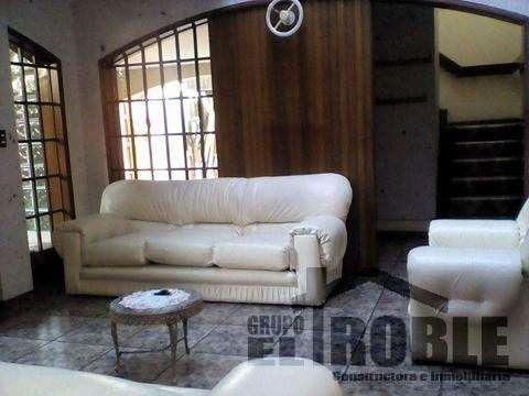 Bonita y Amplia Casa en Alquiler Ideal Empresas/Restaurante Umacollo Arequipa