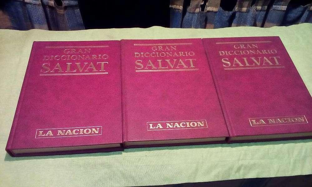 Vendo Diccionario en Tres Tomos Salvat
