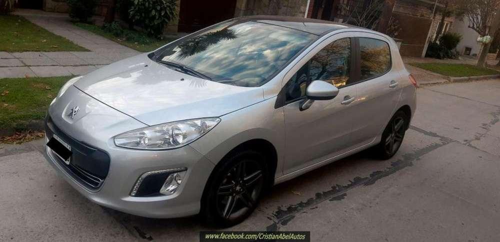 Peugeot 308 2014 - 71000 km