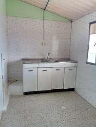 se arrienda linda casa cabaña en duitama , en excelentes condiciones,