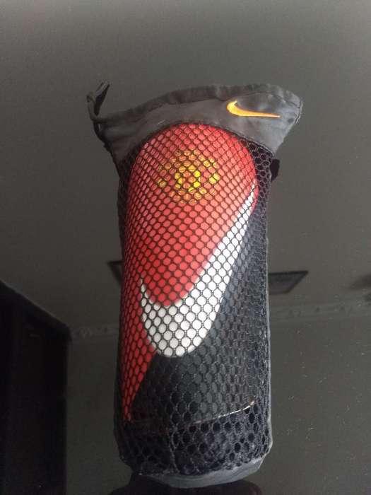 Canilleras Nike Originales