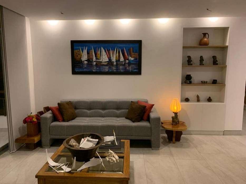 Se vende hermosa y moderna casa en Ciudad del Mar, Manta