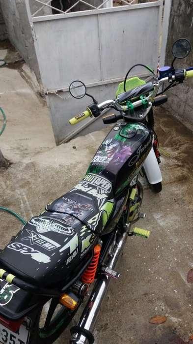 Vendo Moto Ax100suzuki