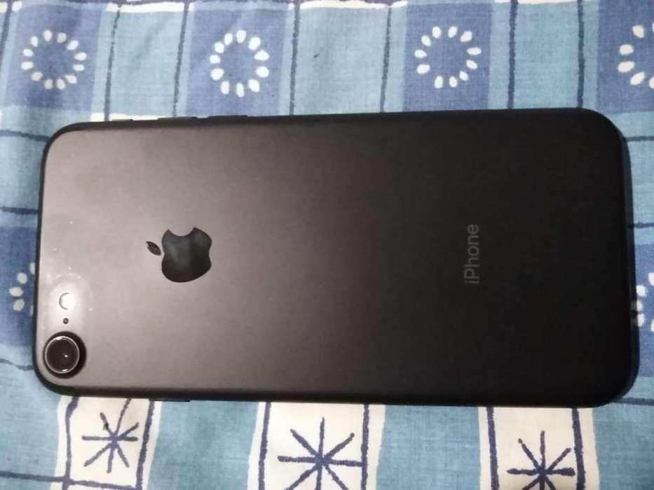 iPhone7 32Gb Ng.Mate (negociable)