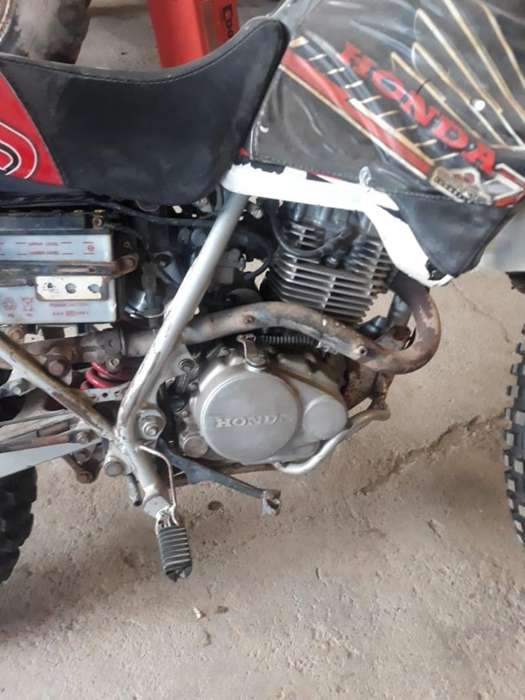 <strong>moto</strong> Honda Xr 200