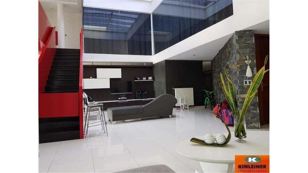 Consultar dirección - UD 500.000 - Casa en Venta