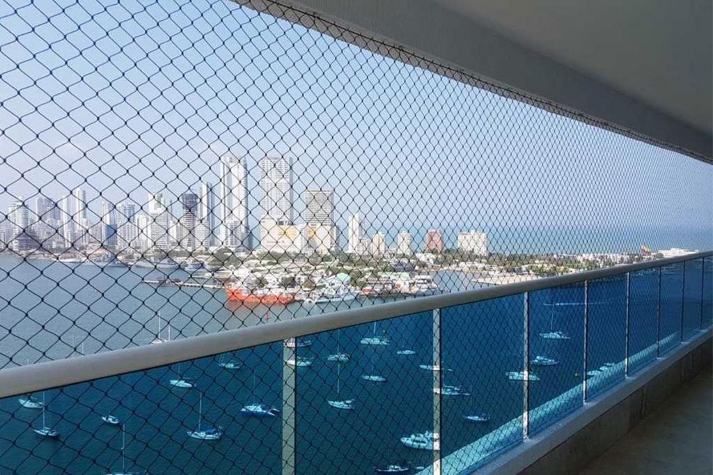 Apartamento En Arriendo En Cartagena Manga Cod : 9689