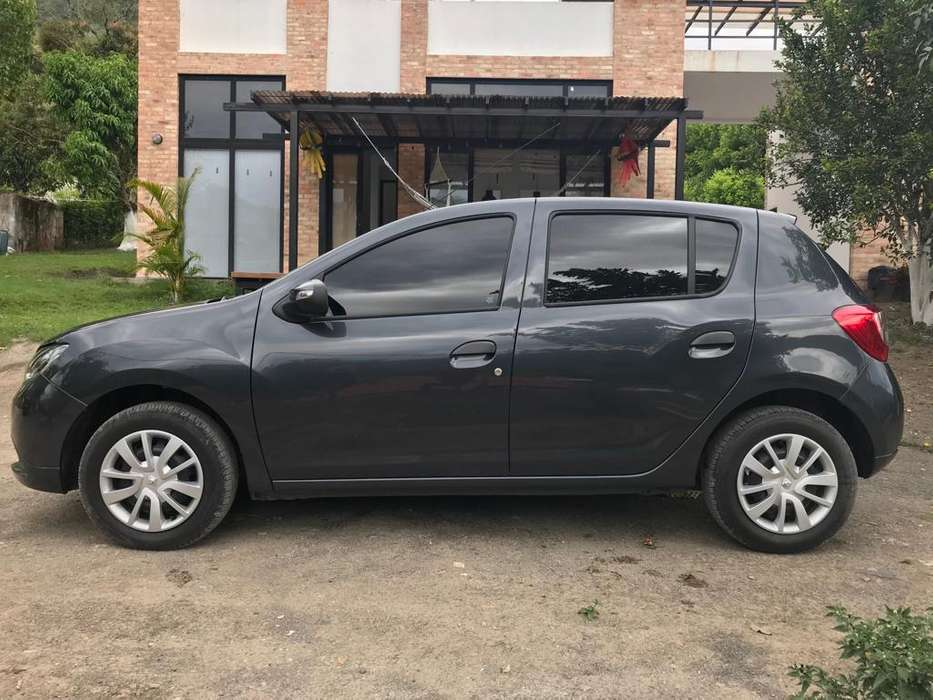 Renault Sandero 2019 - 20847 km