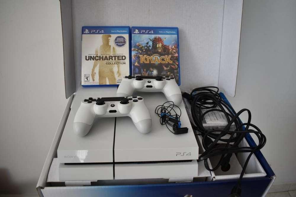PlayStation 4 PS4 Dos Controles 1'000.000 Negociables / Excelente estado