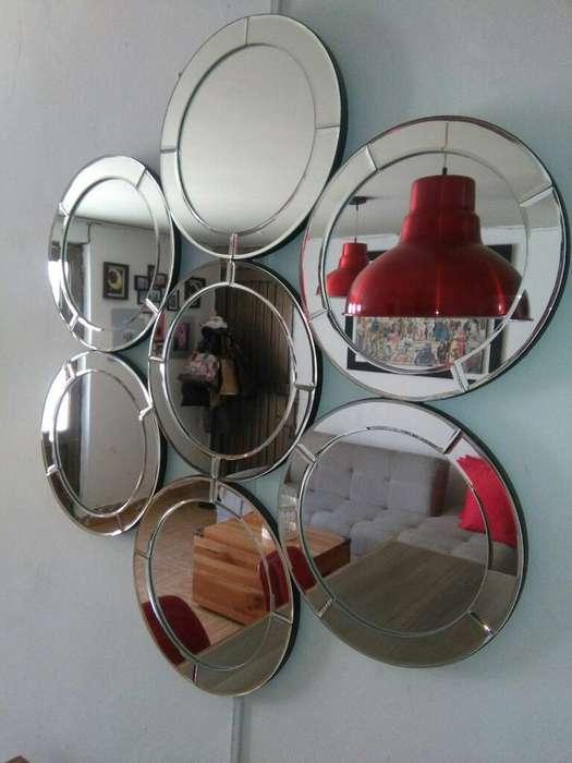 Espejo Moderno.