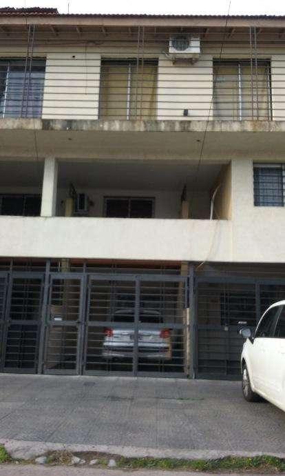 Duplex en alquiler en Lanus Este