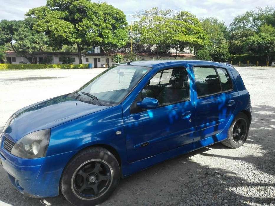 Renault Clio  2004 - 170000 km