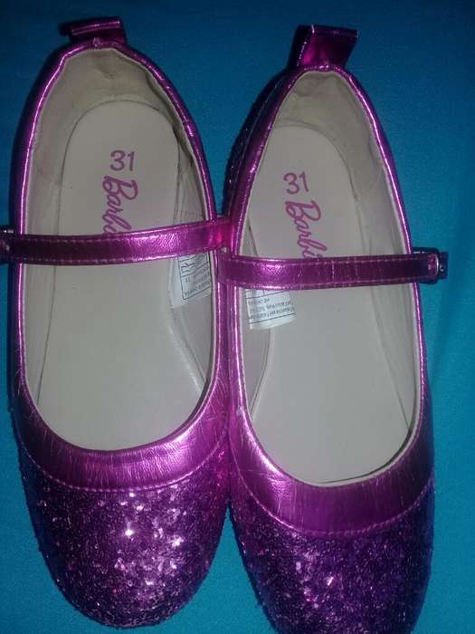 Vendo Zapatos para Niña Talla 31