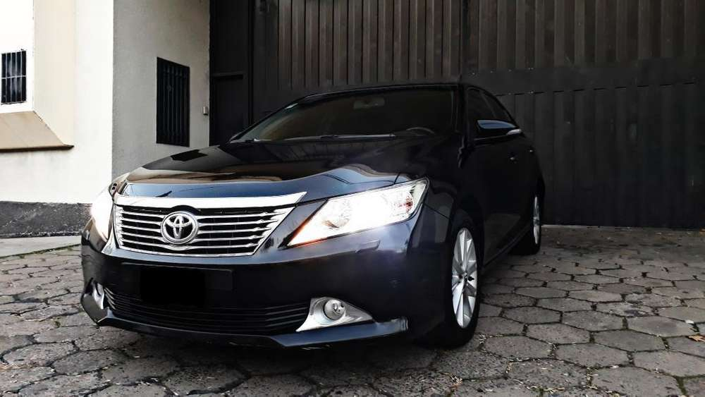 <strong>toyota</strong> Camry 2013 - 10000 km