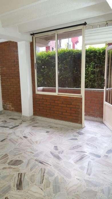 Se renta <strong>apartamento</strong> en las Las Colinas Pereira