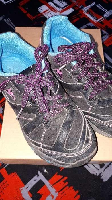 Zapatillas Niña Núm 32
