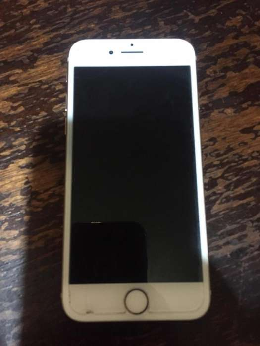 iPhone S8