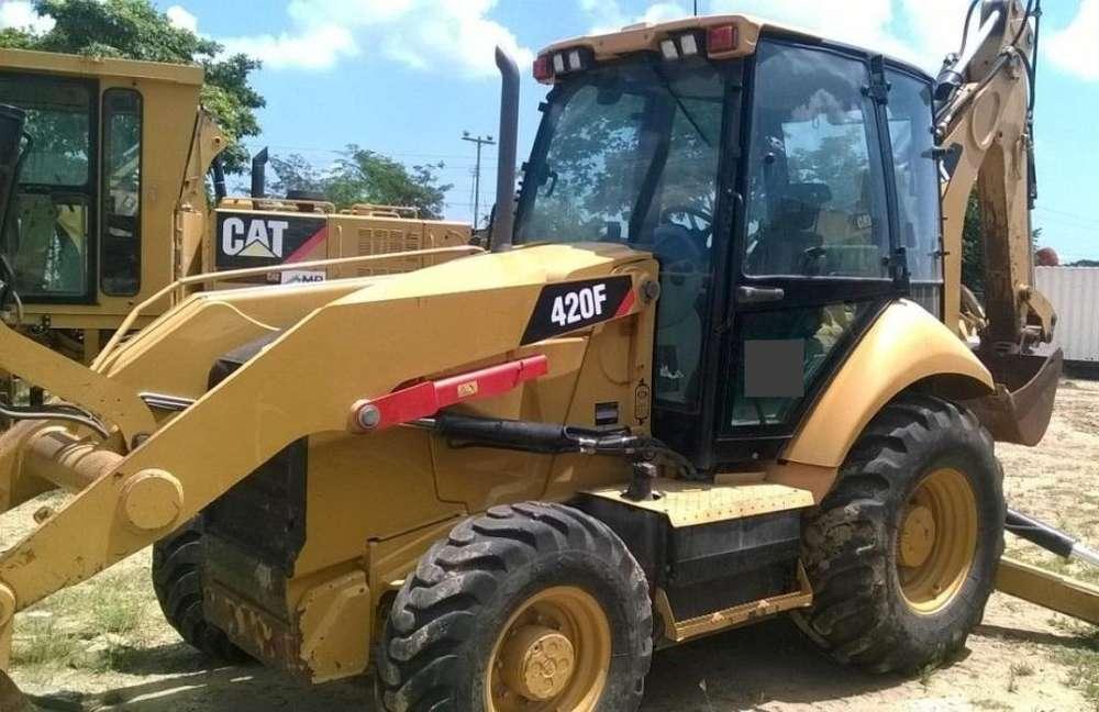 Retroexcavadora CAT 420F B:Extensible