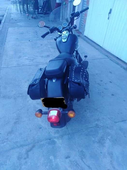Vendo Keeway Superlight 200cc