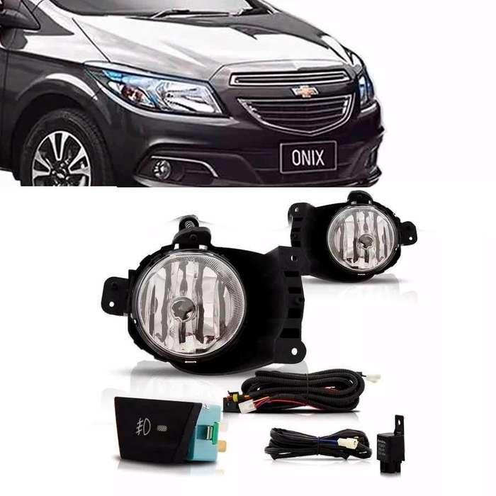 Kit de <strong>faros</strong> auxiliares Chevrolet Onix Prisma Coblat Agile Prisma Spin
