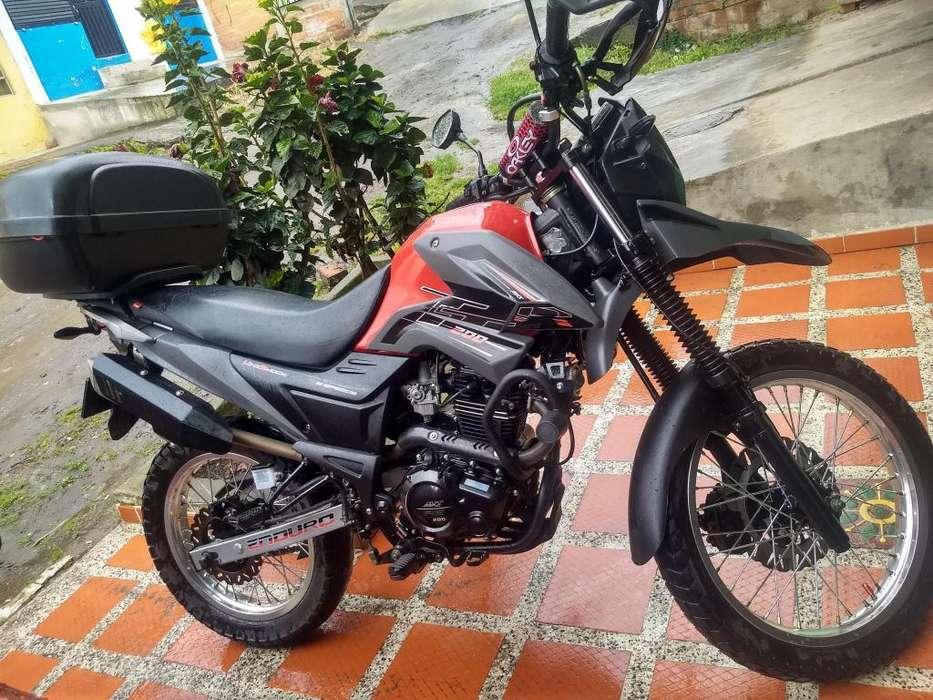 MOTO AKT TT200 MOD 2019
