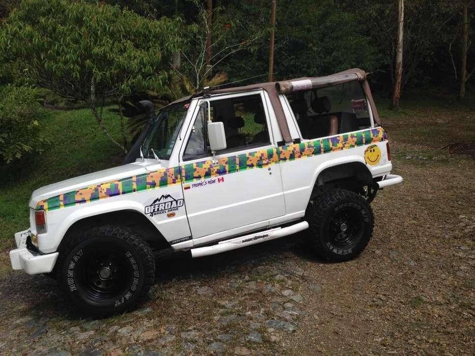 Mitsubishi Montero 1982 - 311000 km