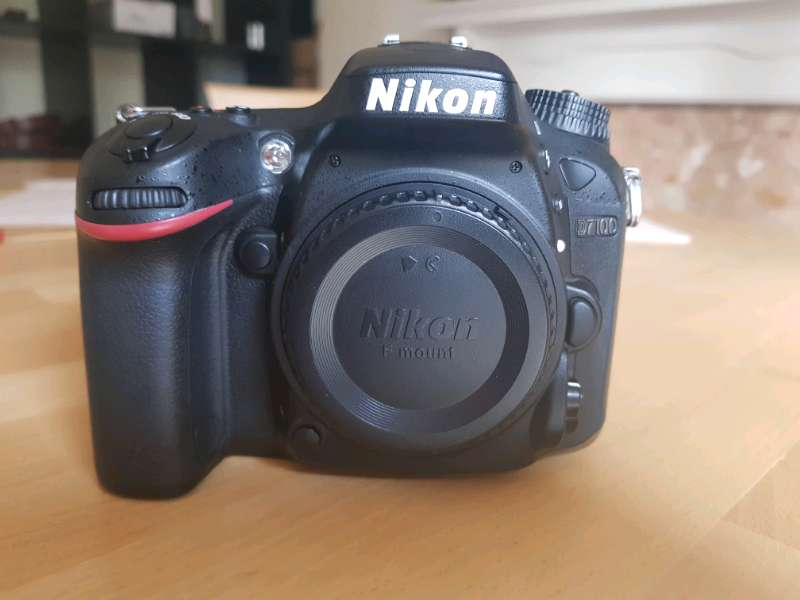 Nikon D7100 BODY IMPECABLE