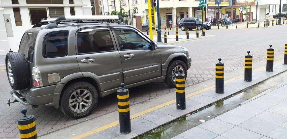 Chevrolet Grand Vitara 2011 - 181000 km