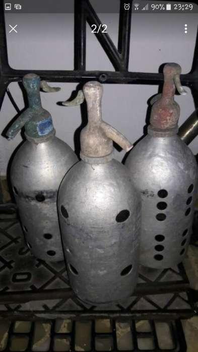 Vintage Sifon De Vidrio Forrado De <strong>aluminio</strong> Cabeza Plastico