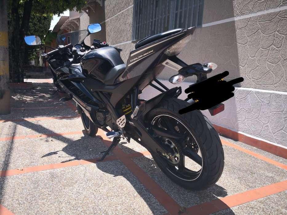 <strong>yamaha</strong> R15 Mod 2013