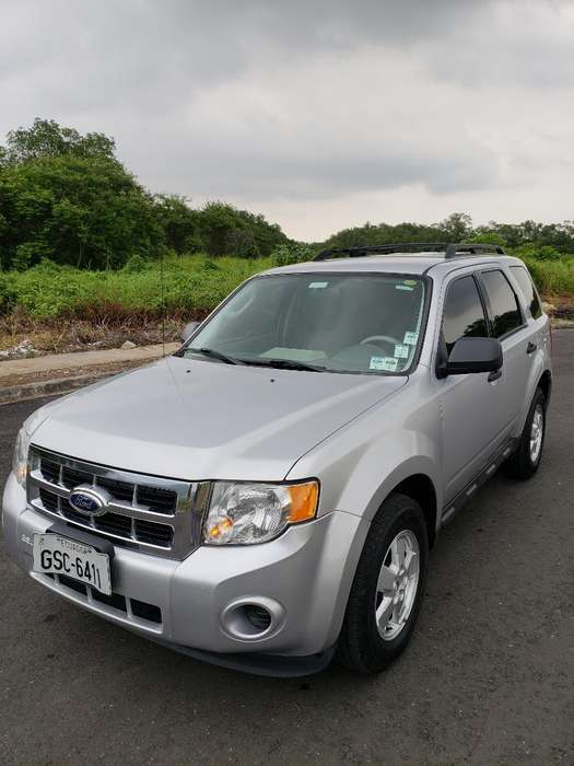 Ford Escape 2012 - 143000 km