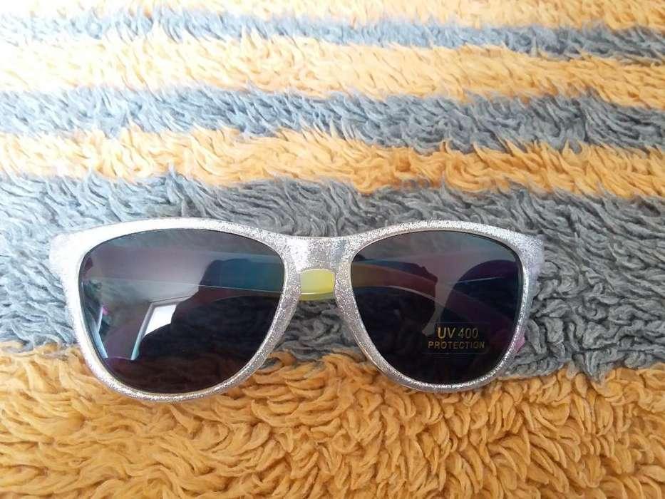 Vendo Gafas Estado Nuevo de Yanbal