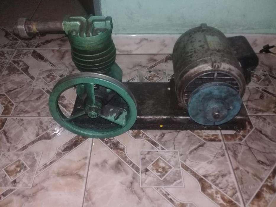 Vendo compresor para agua en buen estado motor MOTORMECH 1HP precio a