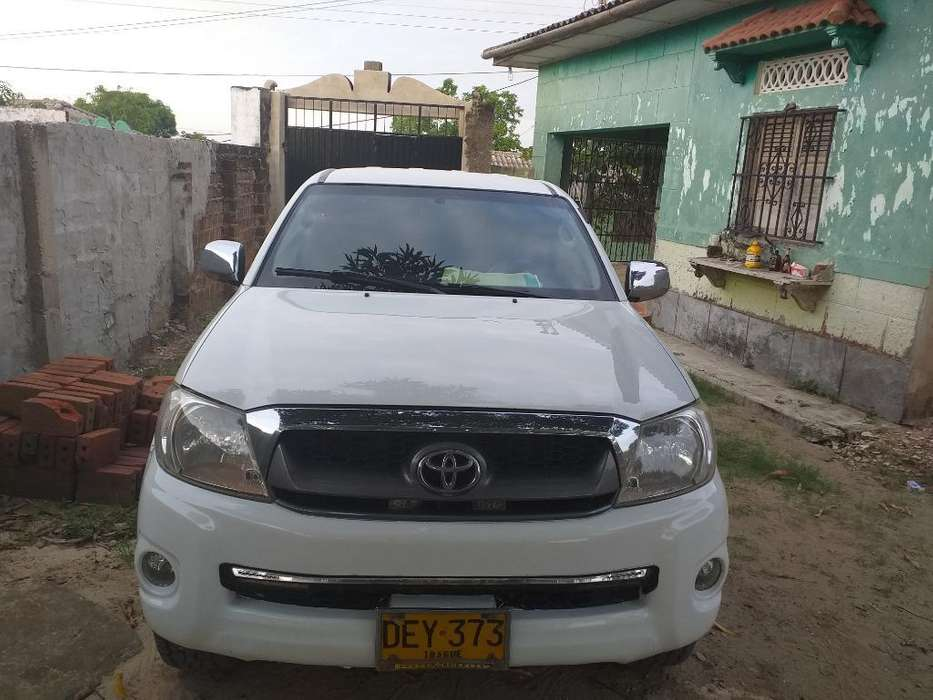 <strong>toyota</strong> Hilux 2012 - 157000 km