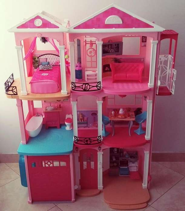 Vendo Casa de la Barbie Dream House!