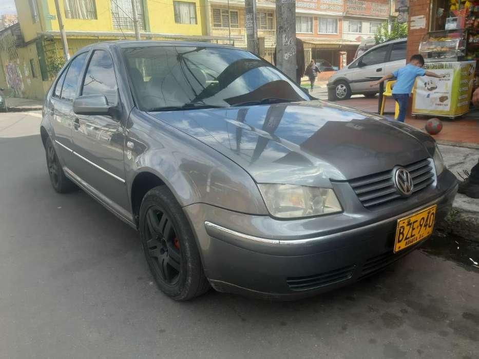 Volkswagen Jetta 2006 - 140000 km