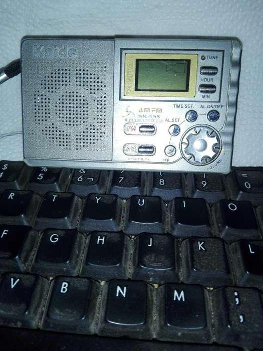 Radio Portátil Am/fm_ Despertador