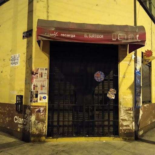 Alquiler local comercial en esquina Breña