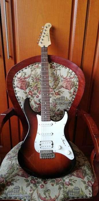 Guitarra Yamaha Pacifica Pedal Estuche