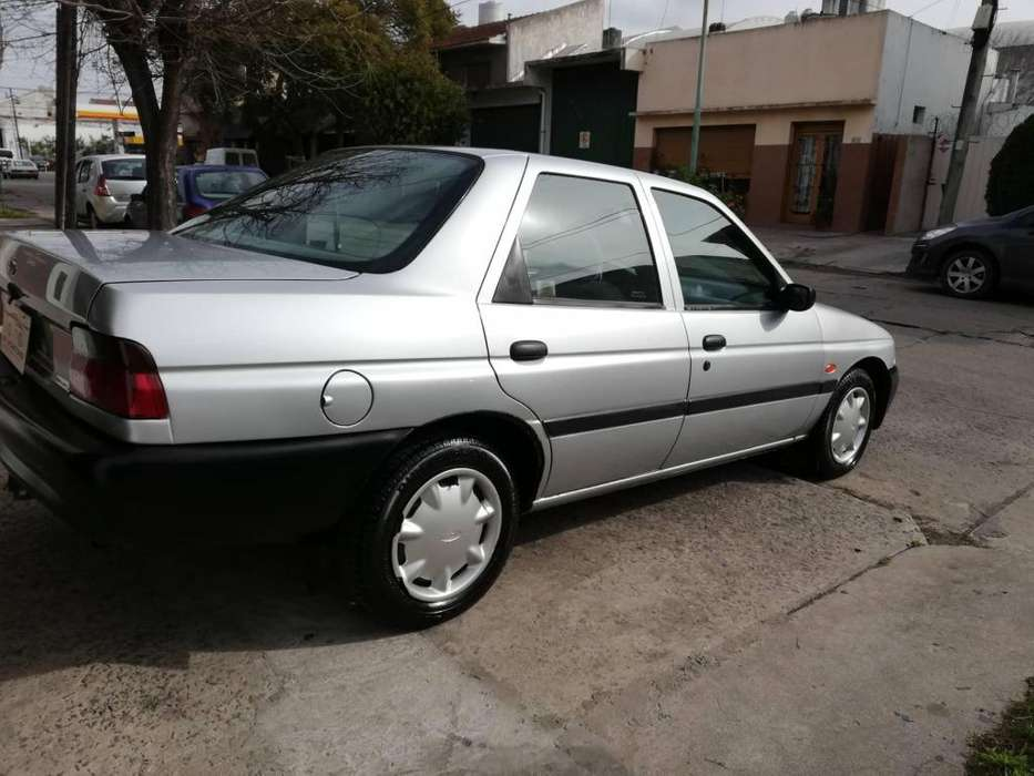 Ford Escort 1998 - 106000 km